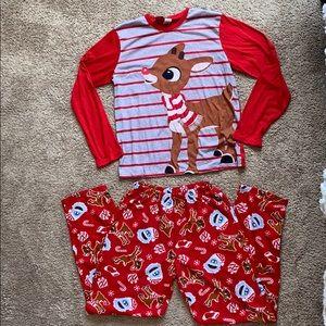 Rudolph pajamas set